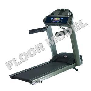 Landice L8 Executive Trainer Treadmill Floor Model