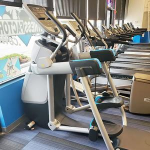 Precor Experience Series Adaptive Motion Trainer 835 Floor Model, Chicago