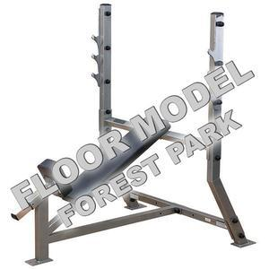 Pro ClubLine Olympic Incline Bench Floor Model Forest Park