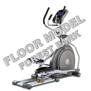 Spirit XE195 Elliptical Floor Model