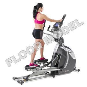 Spirit XE895 Adjustable Stride Elliptical Floor Model
