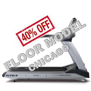 True Excel 900 Treadmill with Envision Console Floor Model Chicago